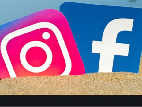 Instagram Facebook  -  Login